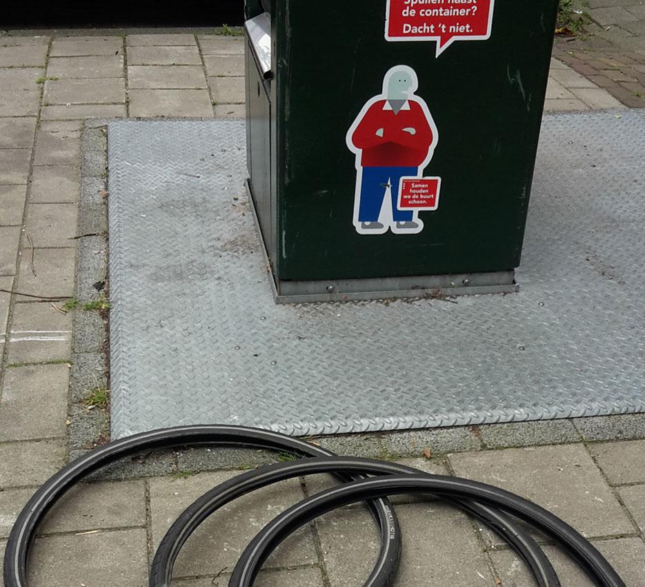 fietsbanden van straat